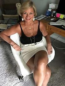 Hot granny pics. com mature knees