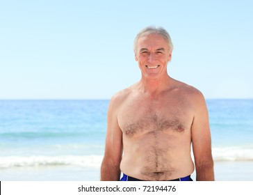 Old daddy naked in beach