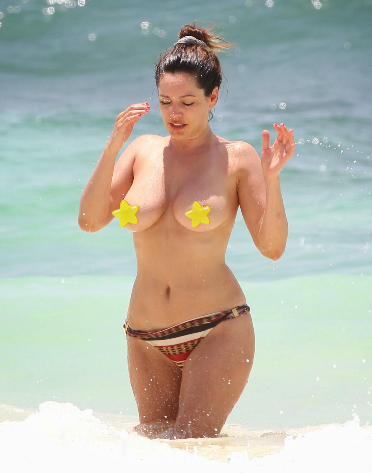 Celebrities nude paparazzi shot