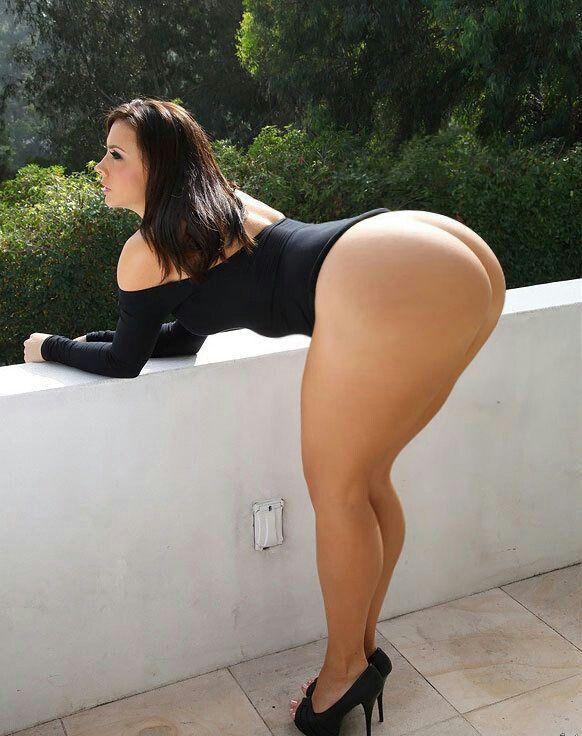 Very nude booty big thigh