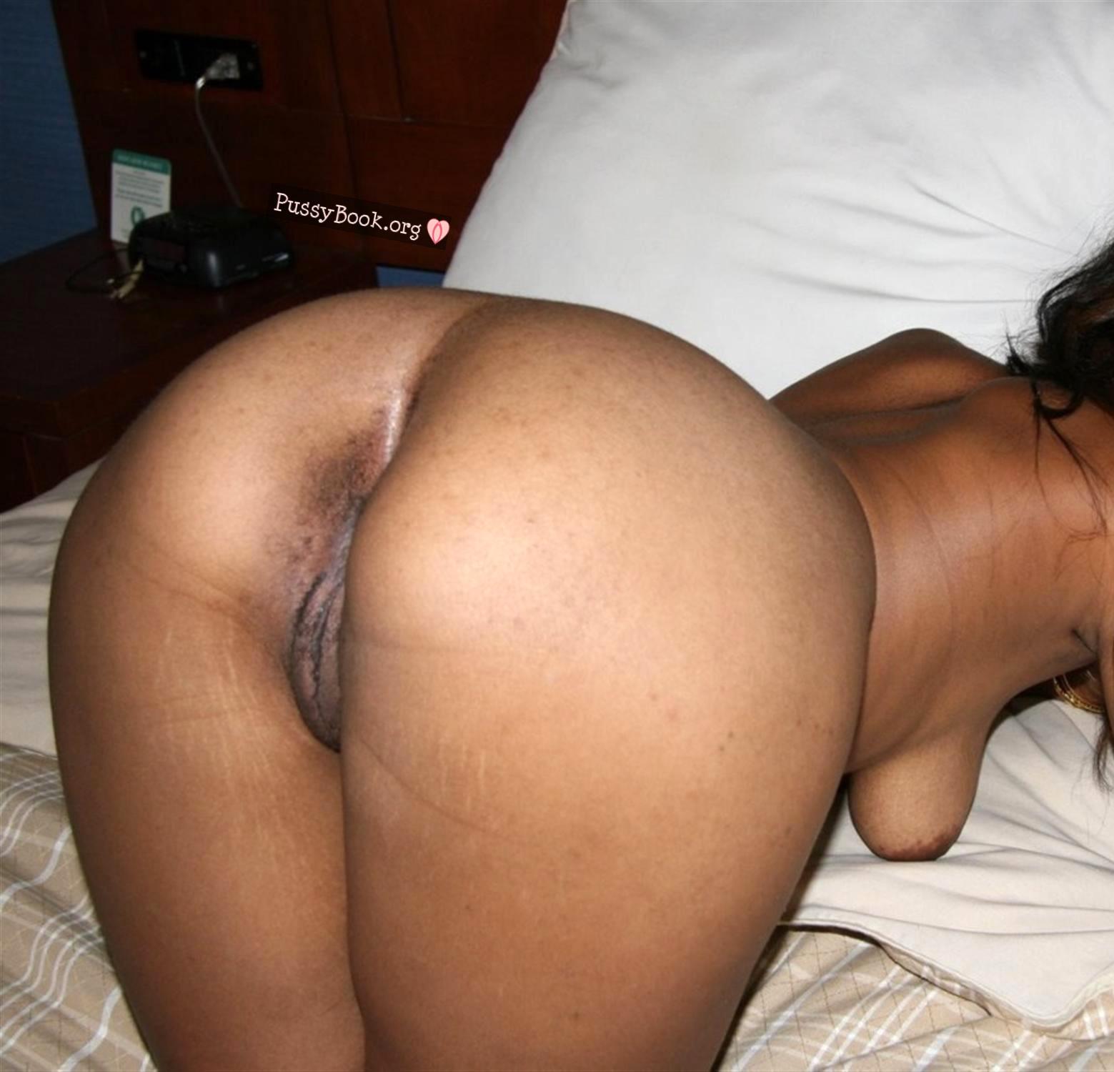 Naked big booty black women