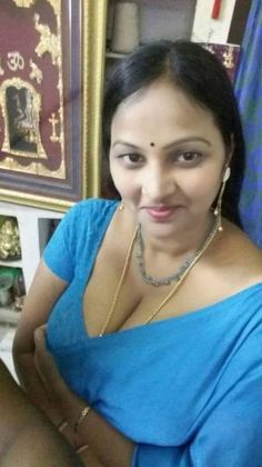 Desi aunti boobs photos