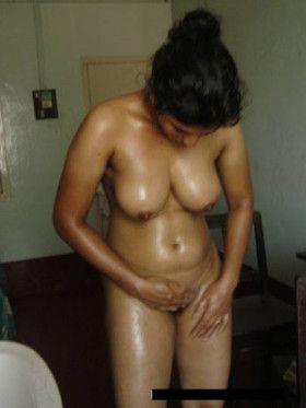 South aunty nude photo