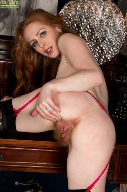 Mature redhead pussy close up
