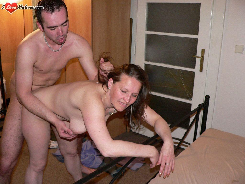 Horny mature sluts fucking