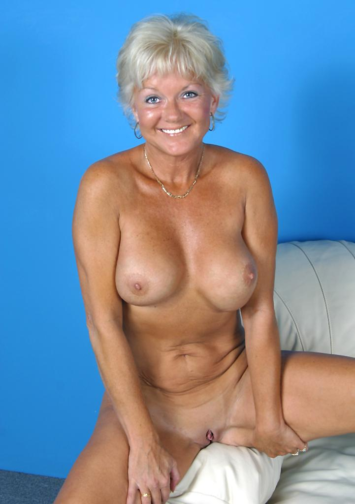 Nude hot granny marcial