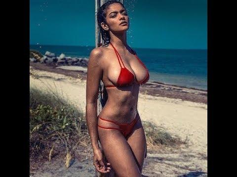 Wifes sexy bikini on tubes