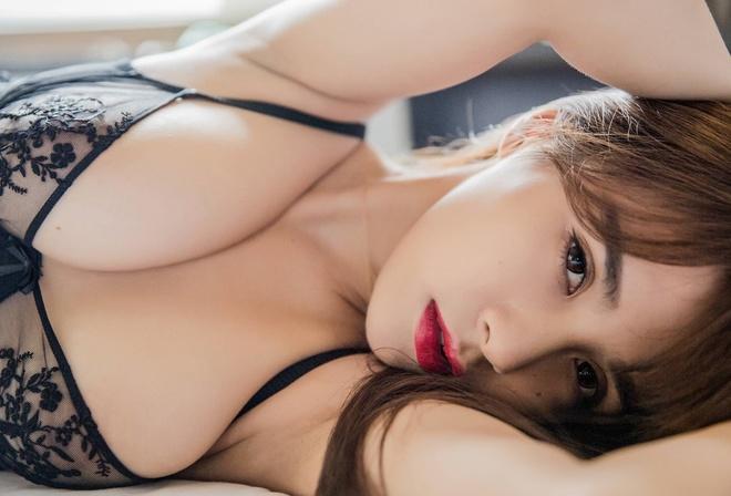 Asian boobs sexy ass