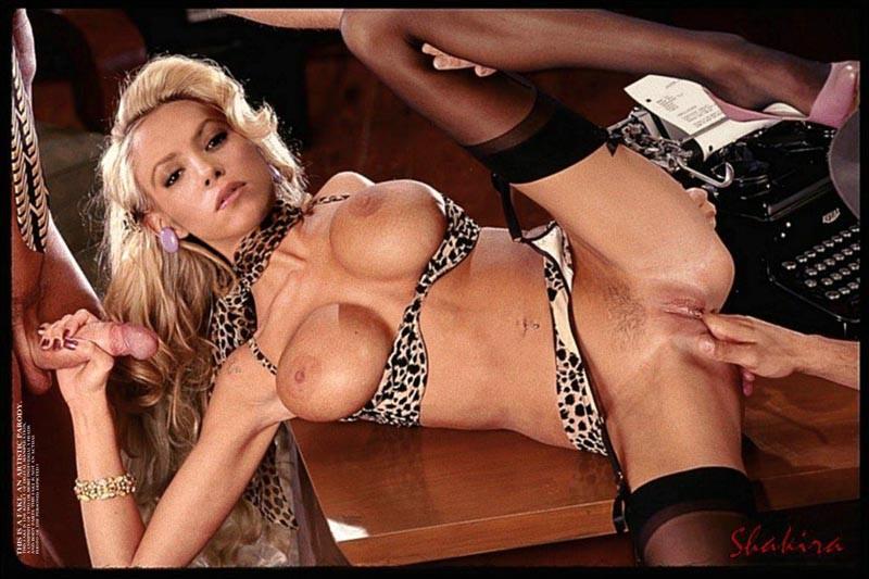 Shakira naked pussy fucked