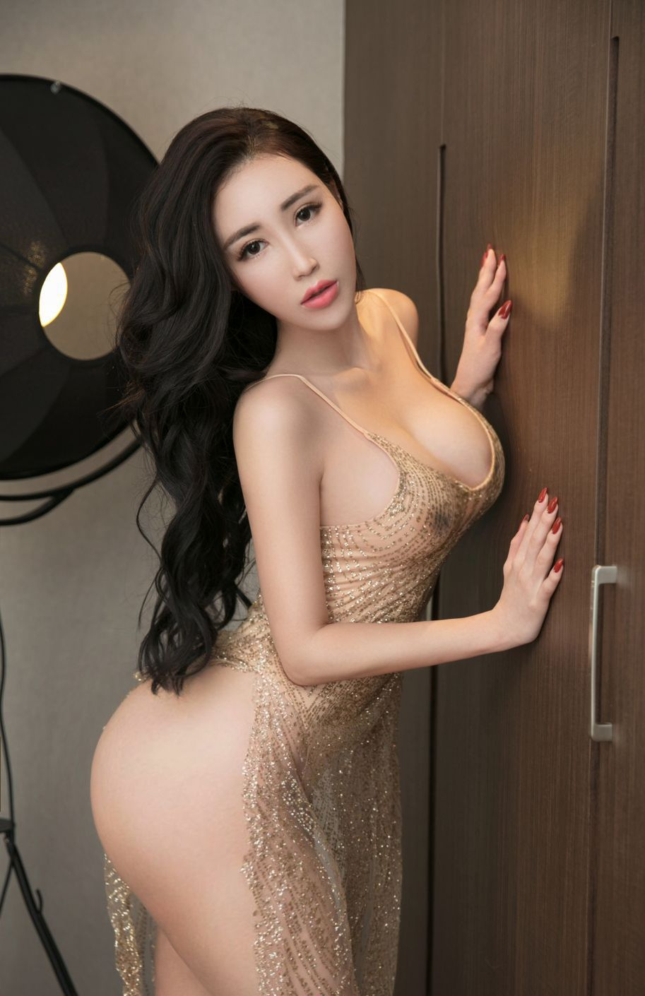 Nude solo picture korean model