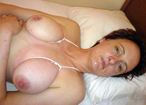 Amateur busty mature women naked