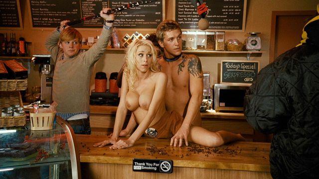 The girl in zack makes a porno