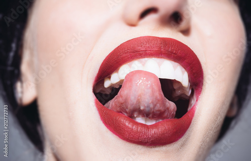Girl open mouth tongue kiss