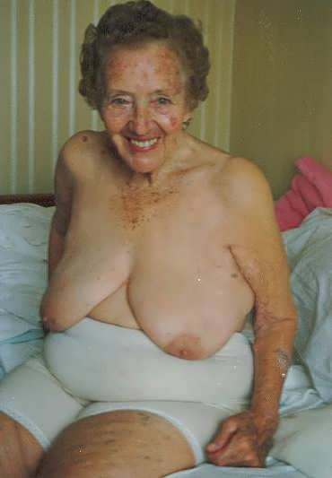 Very very old nude women