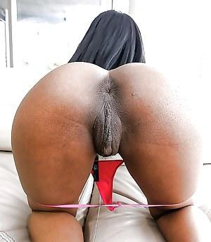 Dark big pussy black