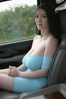 Teen with large tits nude