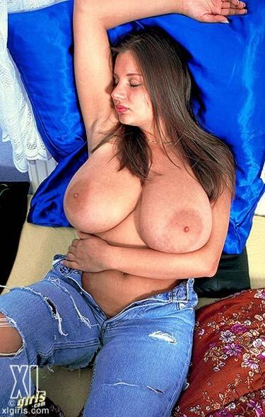 Young nadine jansen boob