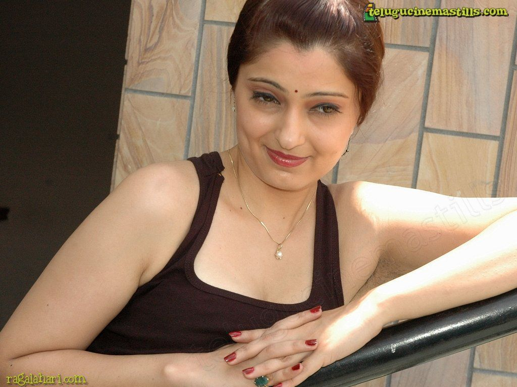 Indian girls hairy armpit pussy photos gallery