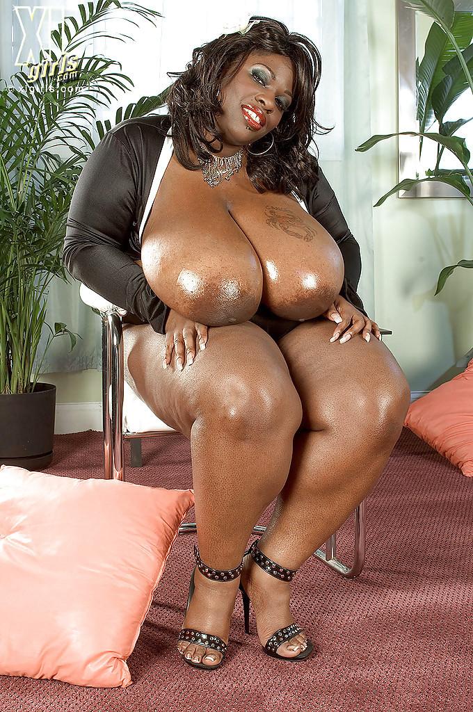 Nude big black women