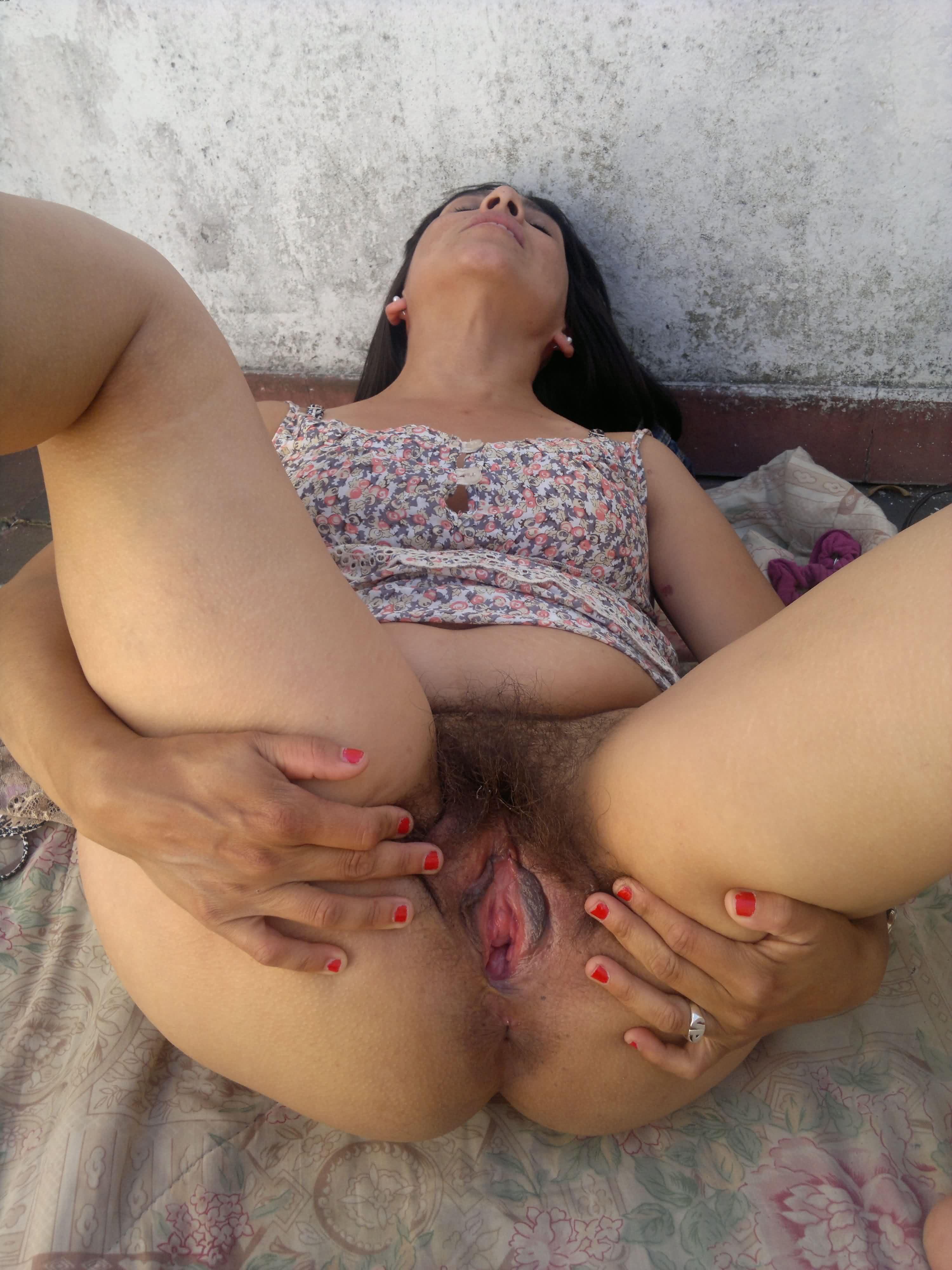 Desi milf pussy pics hd