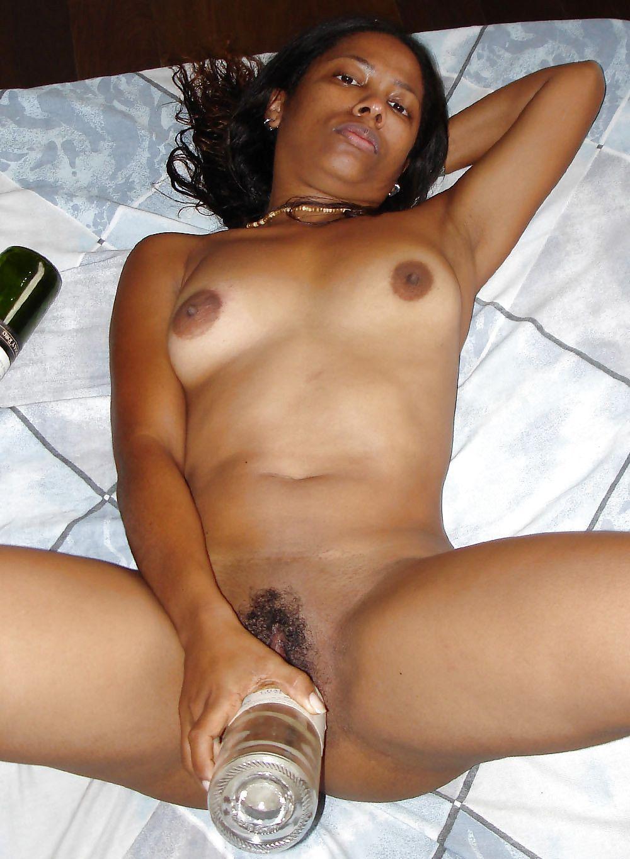 Porn naked shaved black pussy