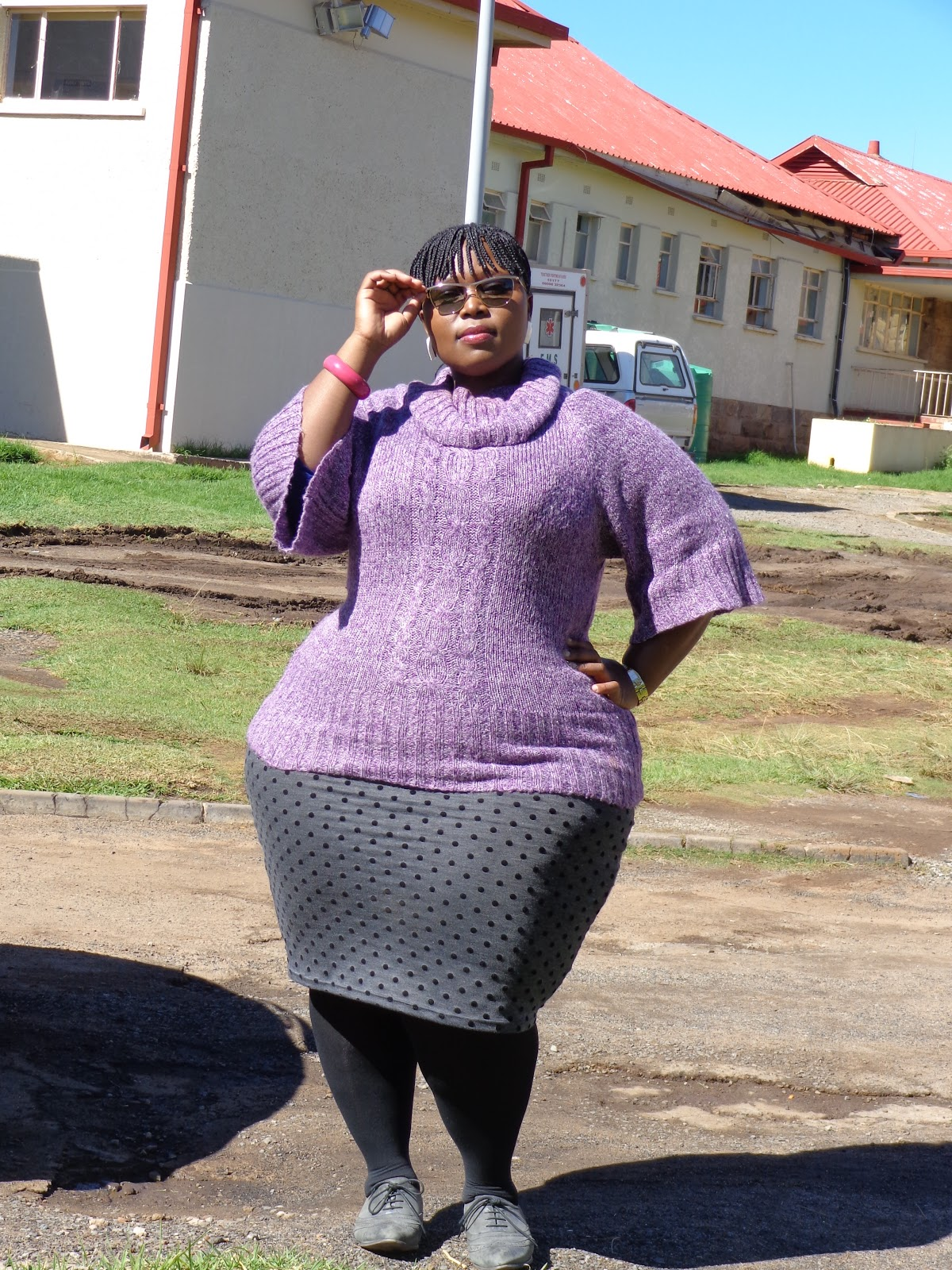 Beautiful showing mzansi black curvy pussy girls