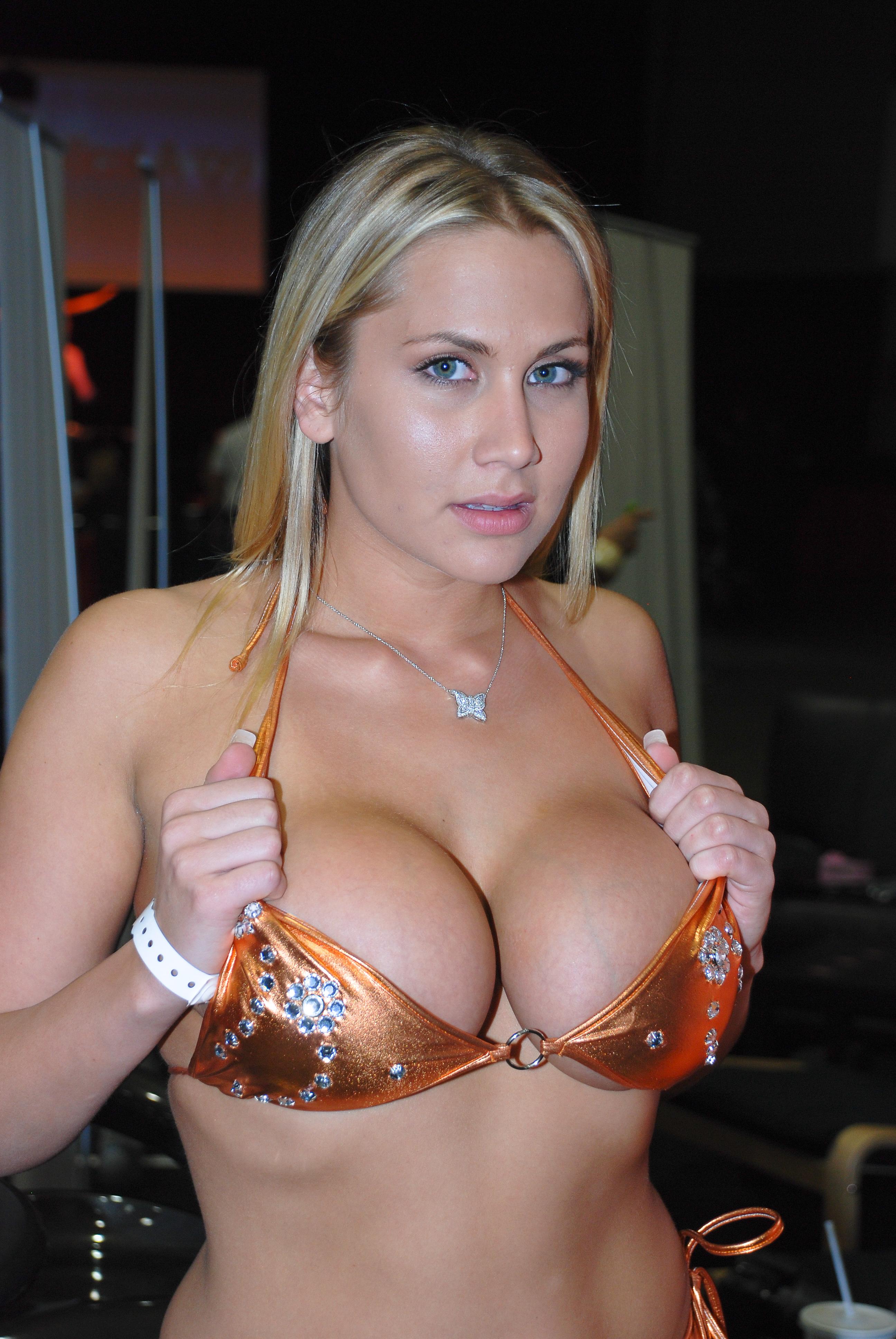 Alanah rae hot nude bra