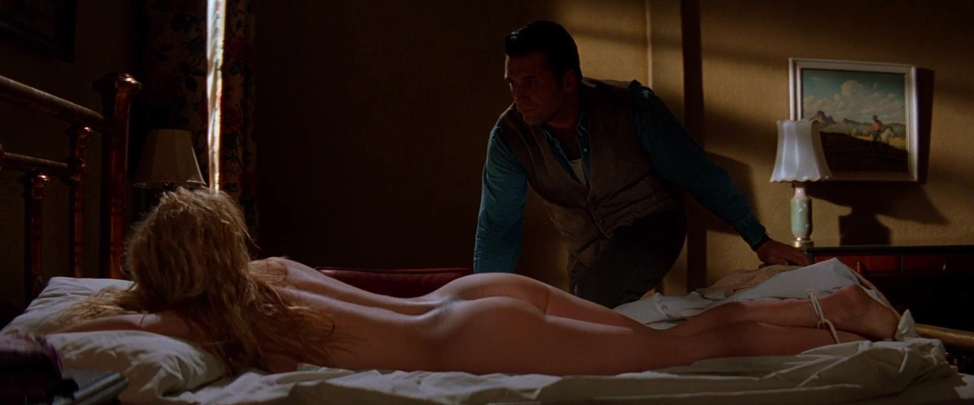 Sheryl lee vampires nude scene