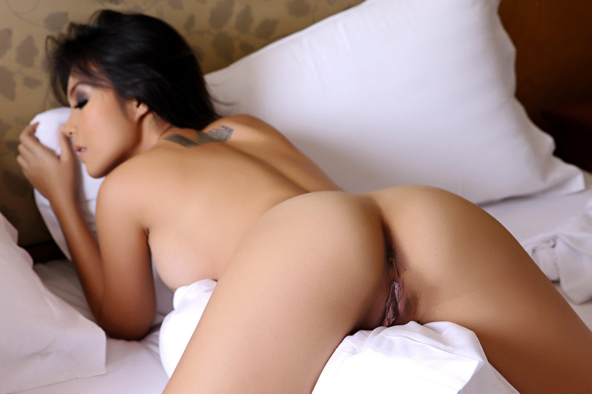 Asian ass nude women