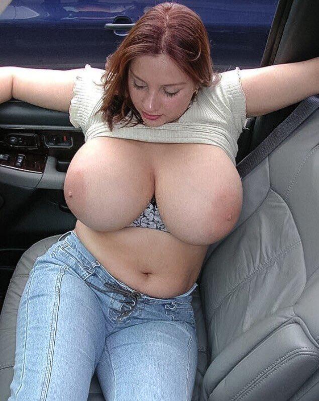 Nude big boob pic