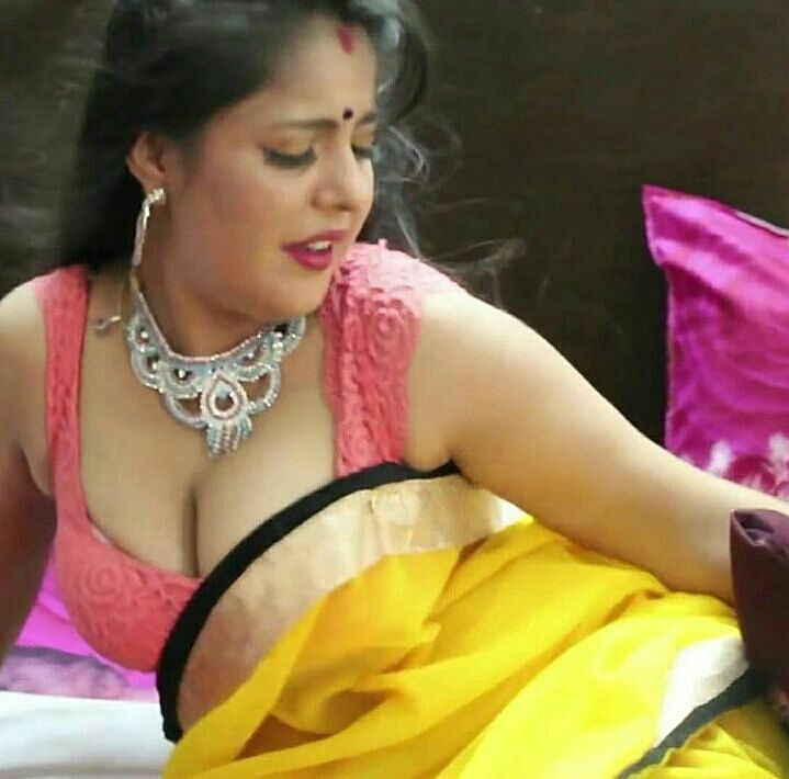 Aunty. saree. blouse. boobs
