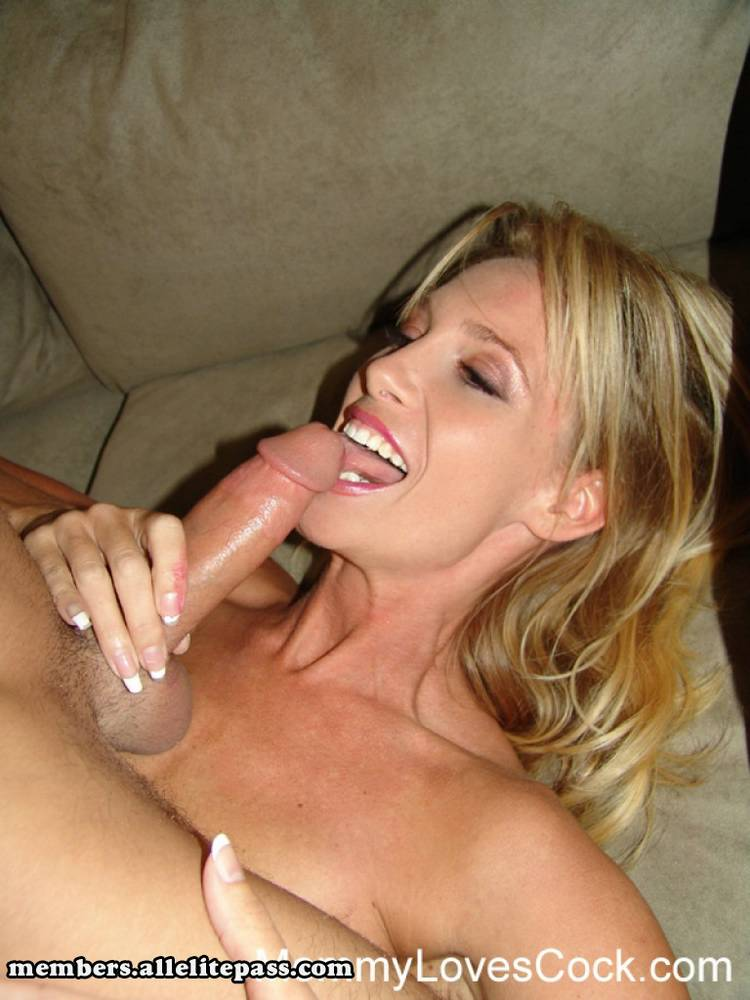 Mommy loves cock porn