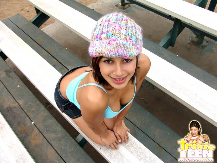 Free pics of trixie teen