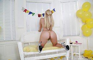 Deepaka singh ki big ass and porn photos