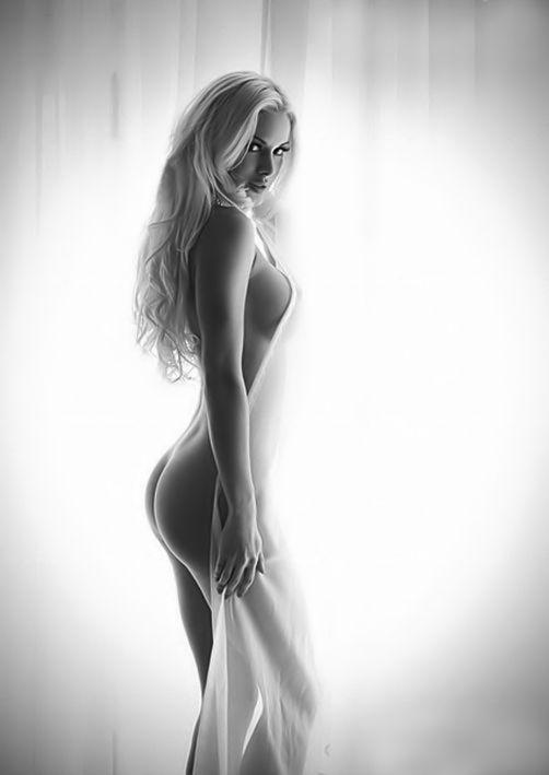 Nude boudoir photography ideas