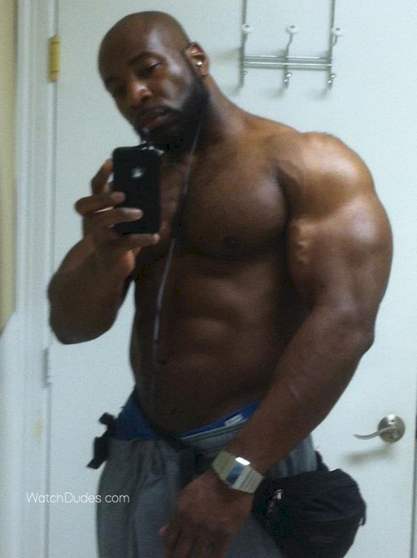 Man big dick nacked muscle man black