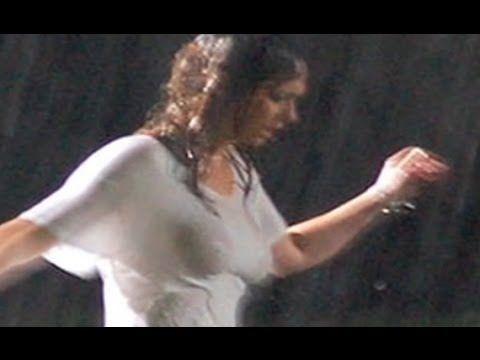 Jennifer love hewitt slip