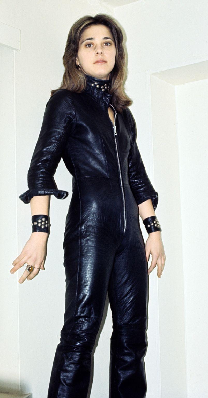 Suzi quatro as leather
