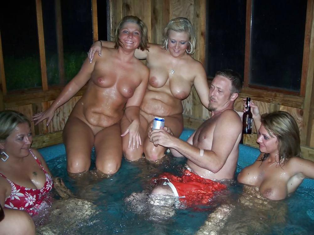 Swinger hot tub party