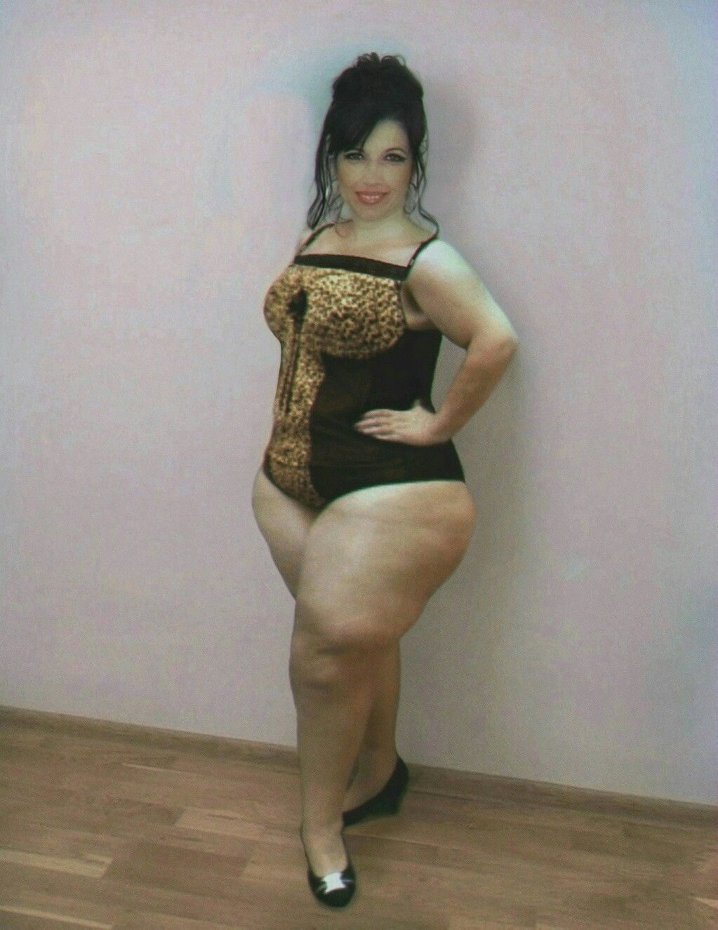 Thick bbw thighs and legs